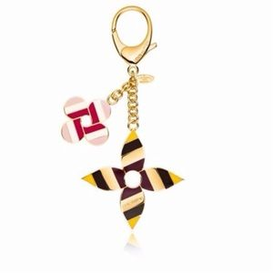 Louis Vuitton Pop Flowers Bag Charm